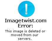Florencia Matticolo topless y se chupa un dedo